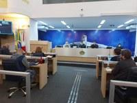 Diretor do Hospital Santa Lúcia participa de sessão da Câmara