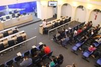 Lucas Arruda recebe alunos dos cursos de Direito e Administração